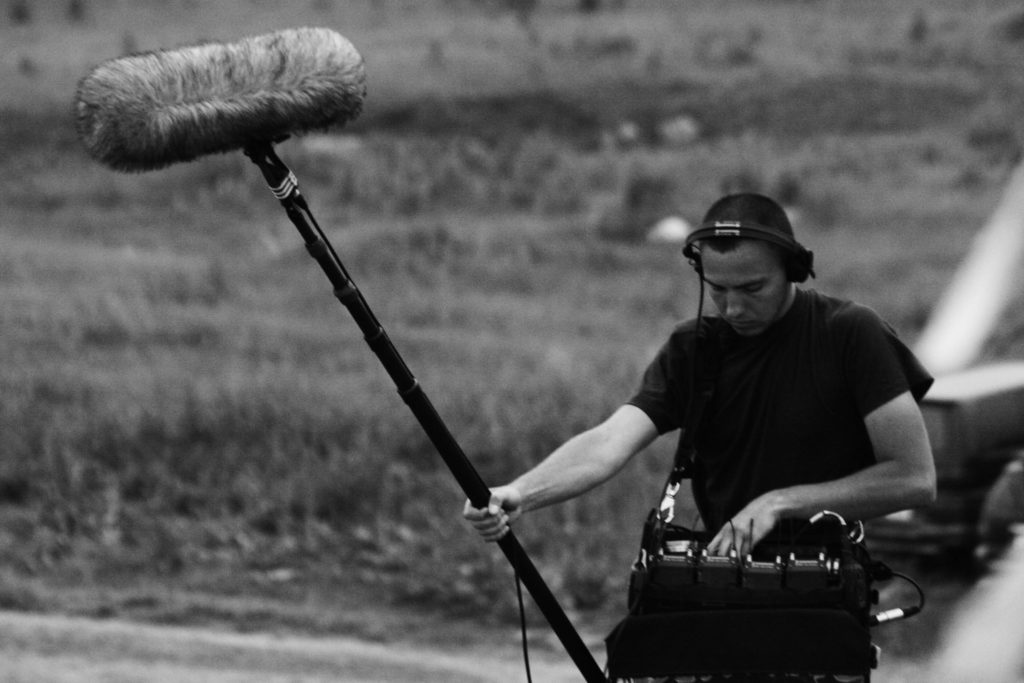 Konstantin Kuznetsov enregistrant le son au Kazakhfilm Studios