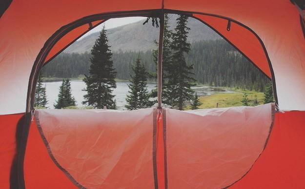 Photos de voyage : une tente pour cadre