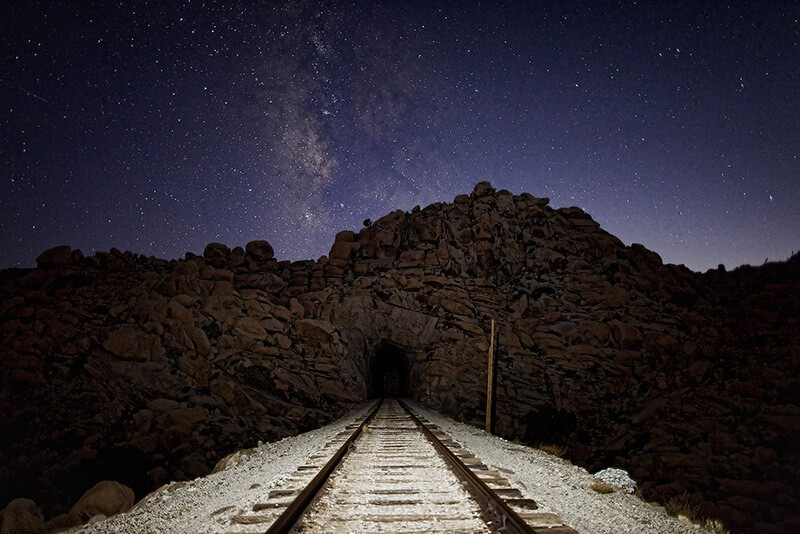 Train tunnel, de Dan Eckert