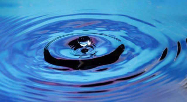 Comment prendre des photos de gouttes d'eau en 5 étapes