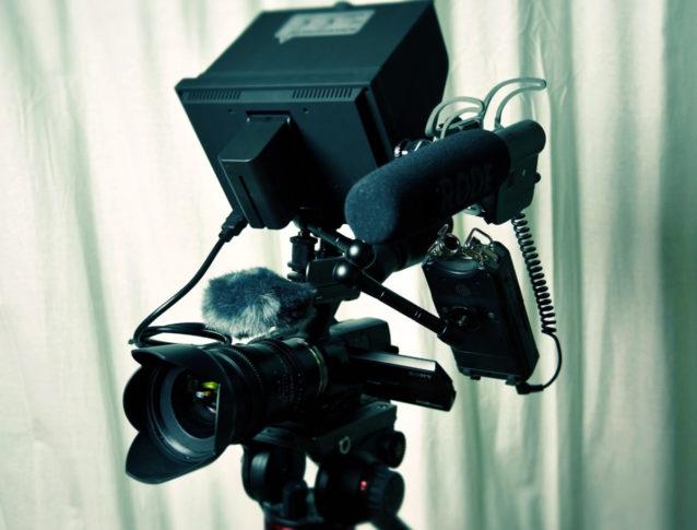 10 accessoires de base pour vous lancer dans la vidéo